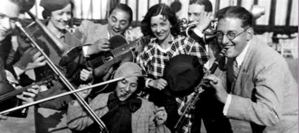 The Boswell Sisters with Dorsey band