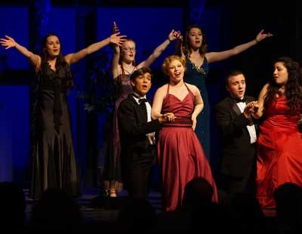 The MTTA Revue, Winter 2019 <br/> It's De-Lovely <br/> The Cole Porter Songbook