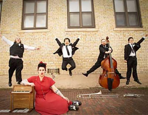Davina & The Vagabonds 2